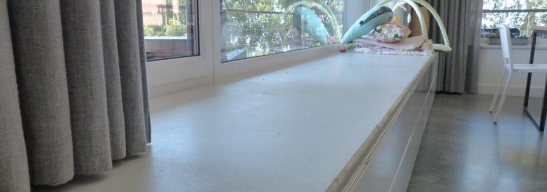 Parapety betonowe zewnętrzne iwewnętrzne