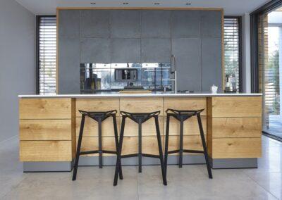 kuchnia z frontami betonowymi