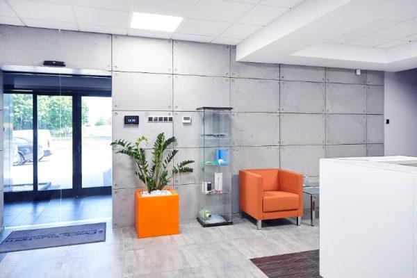 beton architektoniczny pomieszczeni biurowe