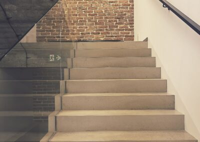Schody dywanowe z betonu